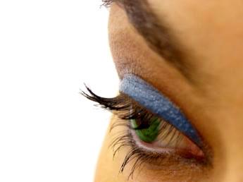 Урок Фотошоп - Как изменить цвет глаз и нанести тени